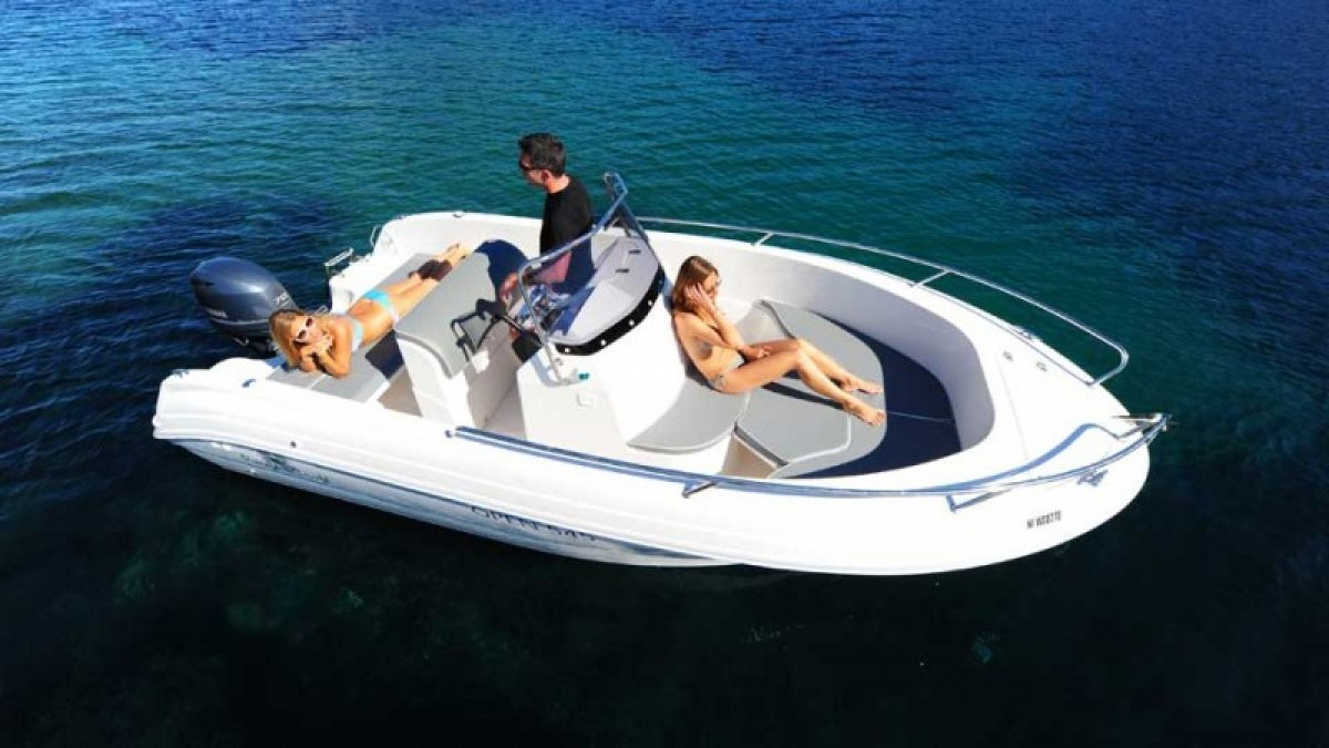 bateau_pacific-craft-545-open