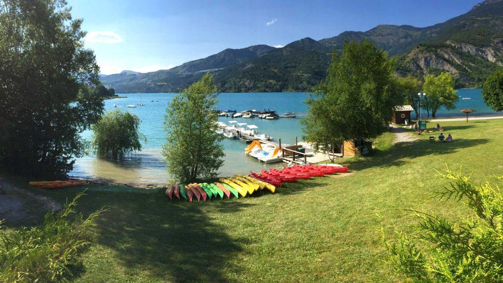 location-bateaux-pedalos-canoe-serre-poncon